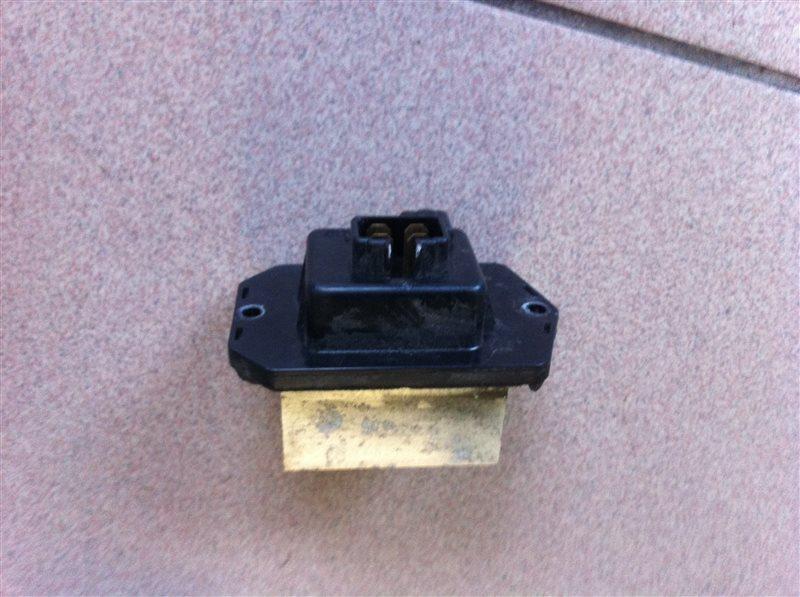 Сопротивление мотора отопителя Honda Crv RE4 K24A 2012