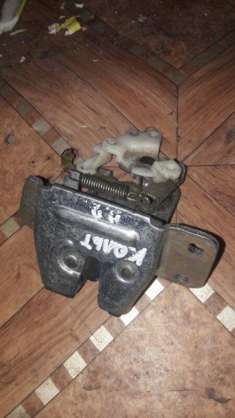 Замок крышки багажника Mitsubishi Colt Z25A, Z23A, Z27A 4G19, 4A90, 4A91 2005