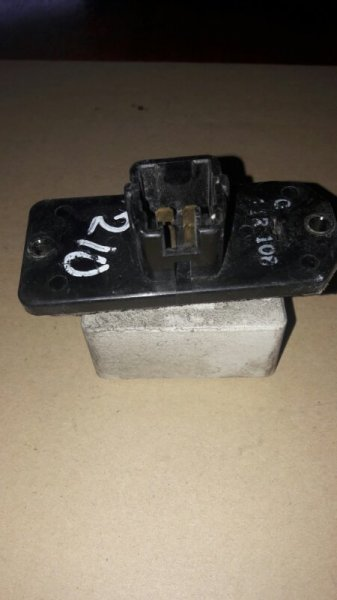 Резистор реостат отопителя печки-сопрортивление мотора печки Toyota Carina AT211, AT210, AT215,