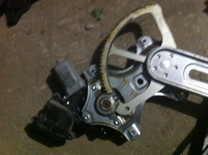 Стеклоподъемный механизм Toyota Auris 150 2010 передний левый