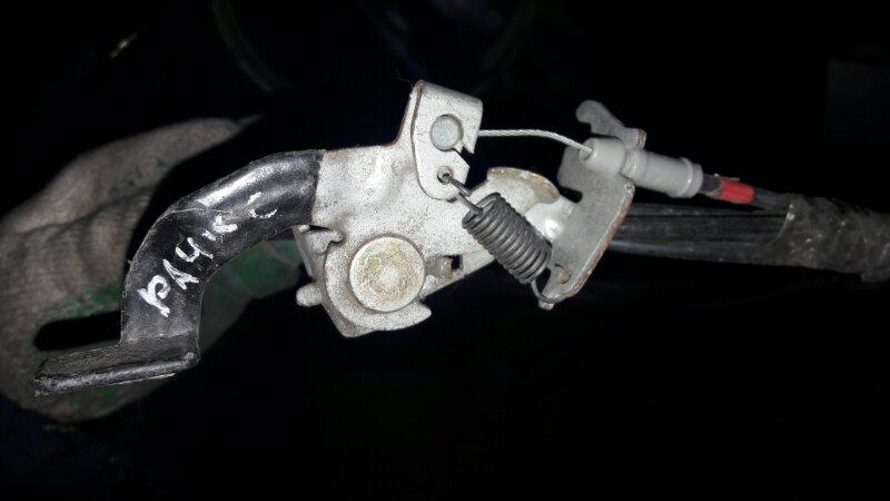 Тросик лючка бака Toyota Corolla Allex NZE121, NZE122, ZZE121, ZZE122 1NZFE, 1ZZFE 2001