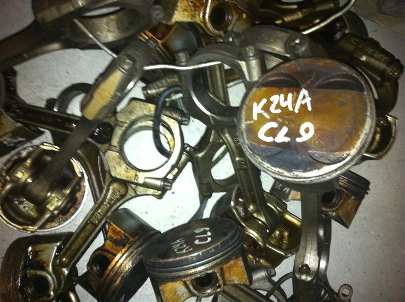 Поршень Honda K 24A