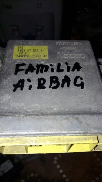 Блок управления airbag Mazda Familia BJ5P, BJ5W, BJ3P ZL 2001
