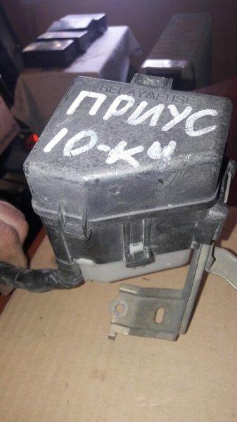 Блок предохранителей Toyota Prius NHW10 NCP10 1NZFE 1999