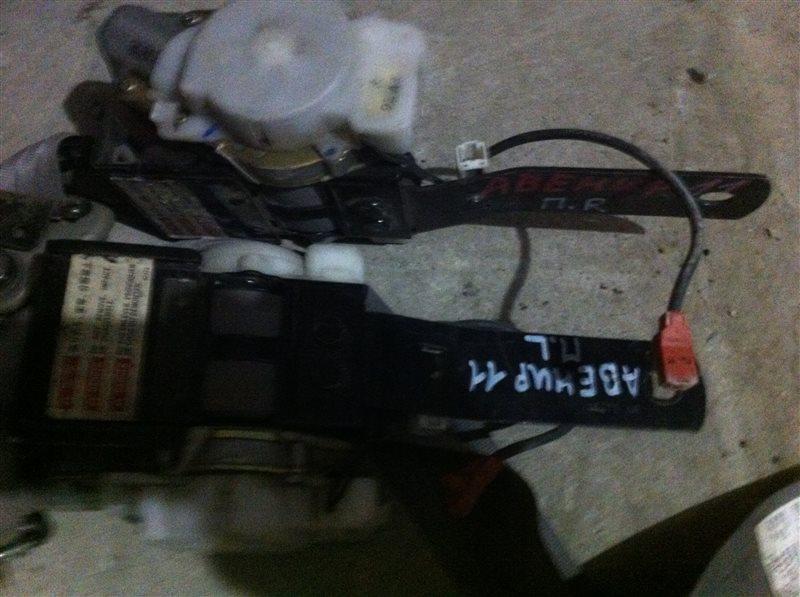 Ремни безопасности Nissan Avenir W11
