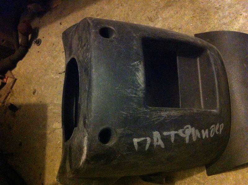 Кожух руля рулевой колонки Nissan Pathfinder 51 2008