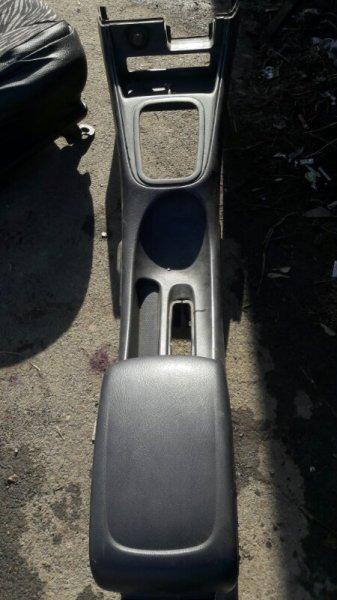 Бардачок межсидений Nissan Bluebird Sylphy FG10 QG15DE 2002