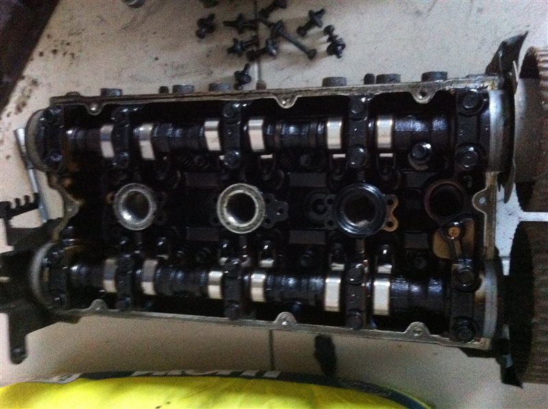 Головка блока цилиндров Mitsubishi Galant 6A12