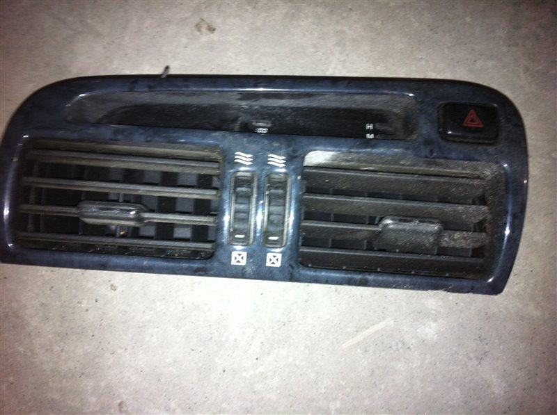 Дефлектор. регулятор воздушного потока Toyota Aristo 161 2000