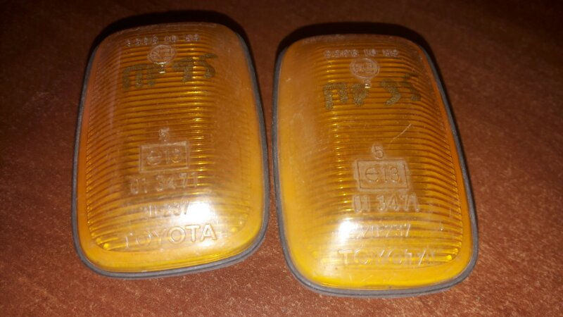 Повторитель поворота в крыло Toyota KZJ95, RZJ95, VZJ95, SXV20, MCV20 2001