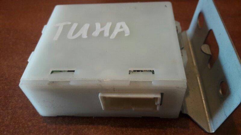 Блок управления Nissan Tino V10 QG18DE 2003