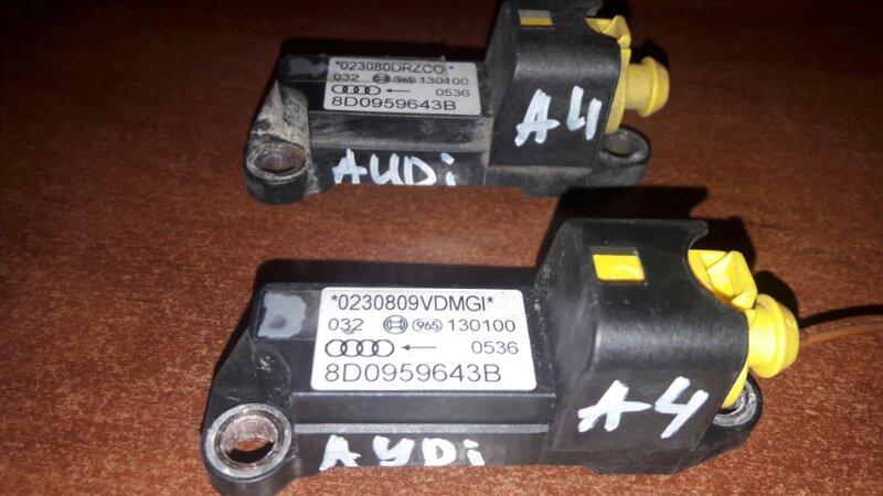 Датчик airbag Audi A4 B5 УНИВЕРСАЛ ARG 1.8 НЕ ТУРБО 2000