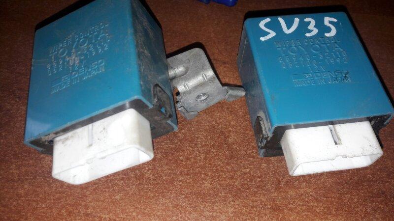 Блок управления стеклоочистителем Toyota Camry SV35, SV30, SV32, SV33 3SFE, 4SFE 1992