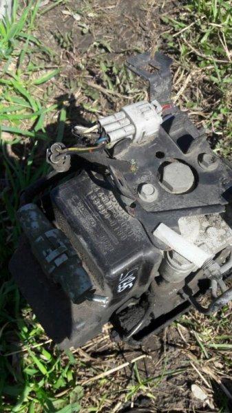 Блок abs Toyota Camry SV35, SV30, SV32, SV33 3SFE, 4SFE 1992