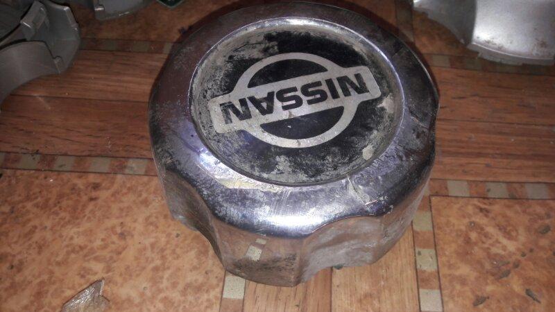 Колпачек диска Nissan Mistral R20 TD27 1996