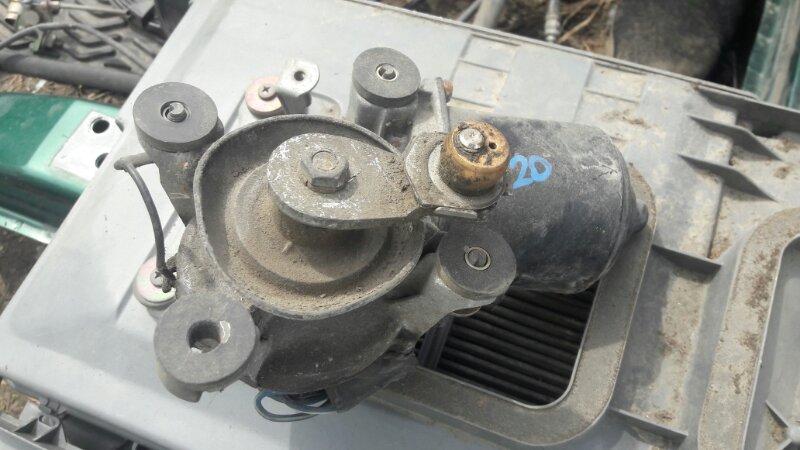Мотор дворников двигатель стеклоочистителя Toyota Vista SV20, SV21, SV22 1SFE, 3SFE 1988