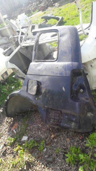 Лючок топливного бака бензобака Daihatsu Pyzar G301G, G303G, G311G 2001