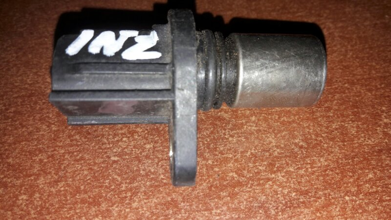 Датчик положения распредвала Toyota Corolla NZE121, NZE122, ZZE121, ZZE122 1NZFE, 1ZZFE 2001