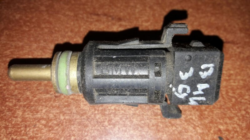 Датчик температуры Bmw 525I E39 M52TU 1999