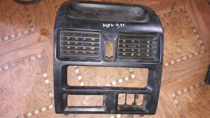 Консоль магнитофона Mazda Mpv LVEW, LVLR, LVLW WL 1996
