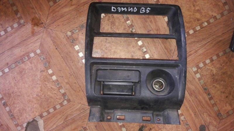 Консоль магнитофона Mazda Demio DW3W B3 1999