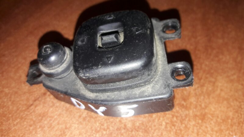 Блок управления зеркалами Mazda Demio DY3W, DY5W ZJVE, ZYVE 2003