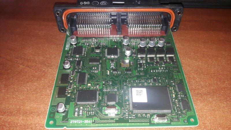 Блок управления двс, бортовой компьютер Mazda Demio DY3W ZJVE 2003