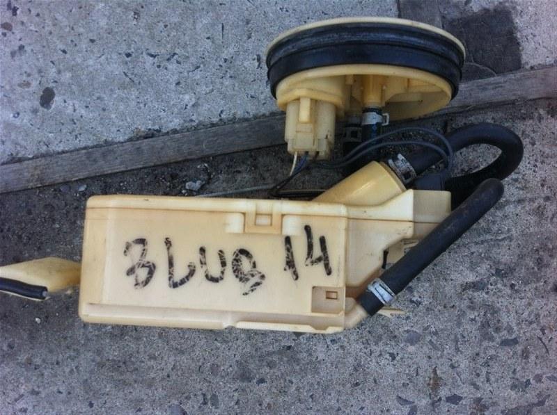 Бензонасос топливный насос Nissan Bluebird 14