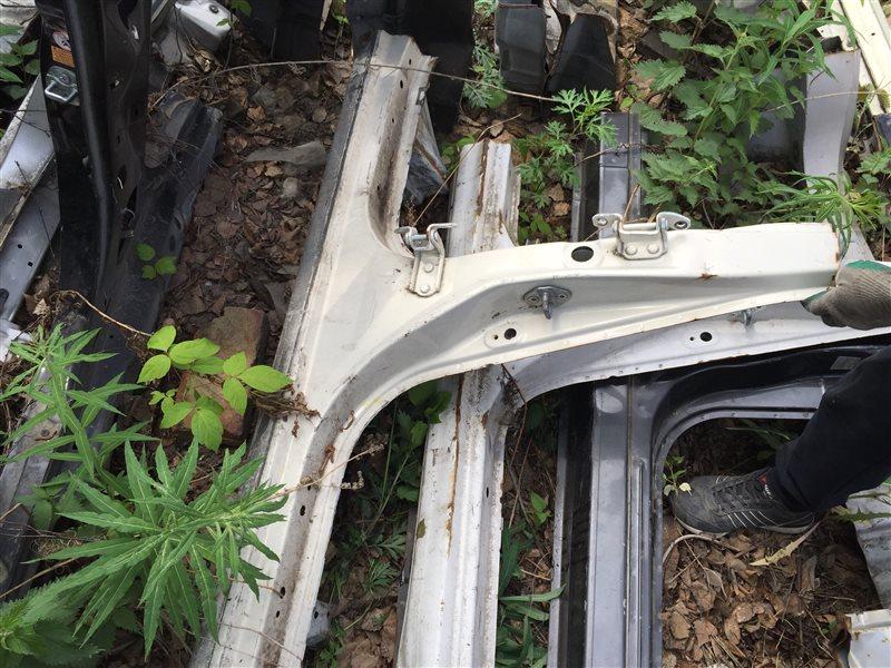 Порог кузовной Toyota Cresta GX100 левый