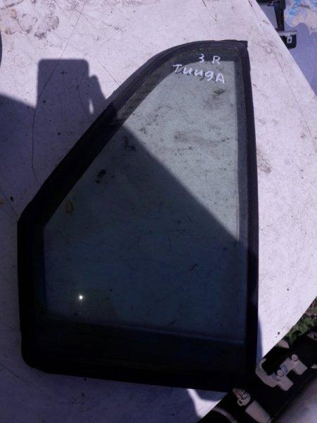 Форточка двери Nissan Tiida Latio SC11 HR15 2005 задняя