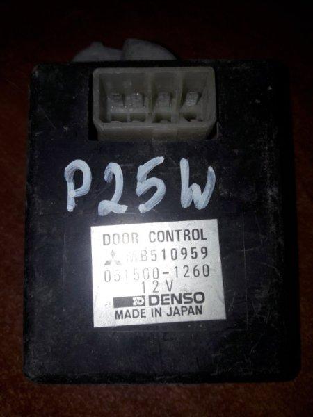Блок управления дверьми Mitsubishi Delica P35W, P25W 4D56 1993