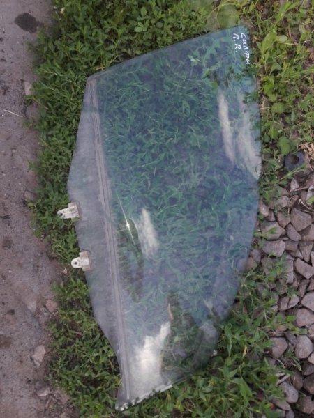 Стекло двери Nissan Bluebird Sylphy FG10 QG15DE 2002