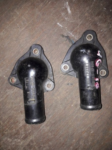 Корпус термостата Nissan Tino V10 QG18DE 2003