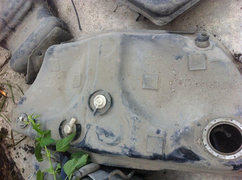 Топливный бак Toyota Aristo 161