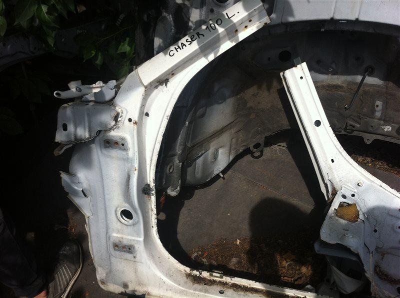 Стойка кузова Toyota Chaser 100 левая