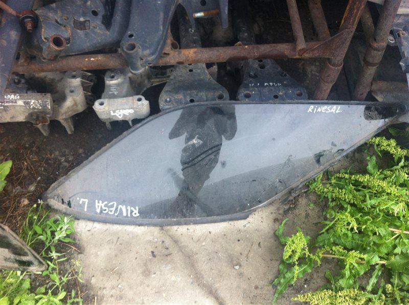 Стекло собачника Nissan Rnessa 30 левое