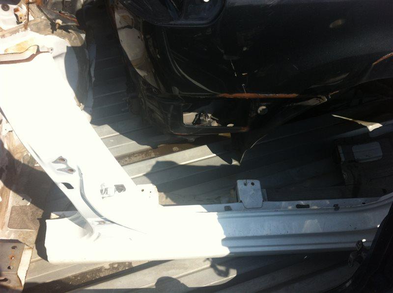 Порог кузовной Hyundai Solaris правый