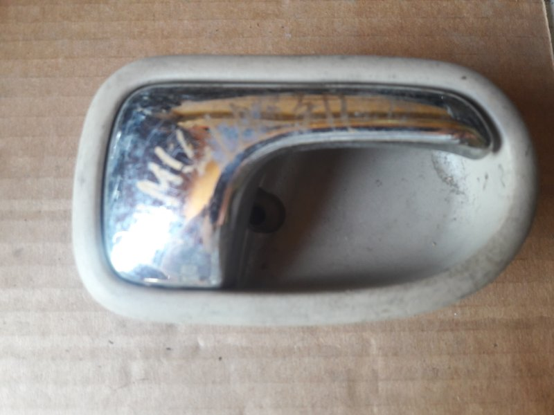 Ручка двери внутренняя Mazda Familia BJ5P, BJ5W, BJ3P ZL 2001 правая