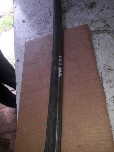 Молдинг стекла Honda Saber UA2, UA1 G25A, G20A 1997 задний правый