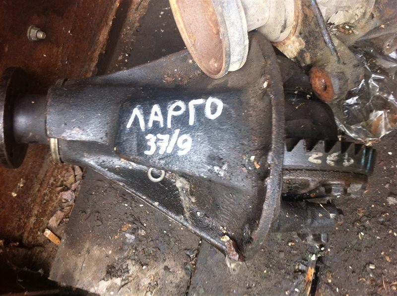 Редуктор Nissan Largo 30 задний