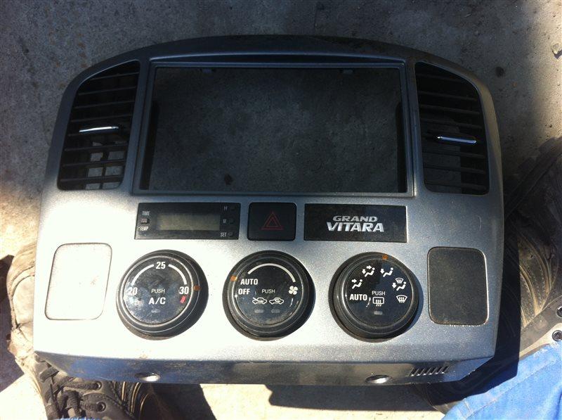 Рамка магнитолы Suzuki Grand Vitara 52
