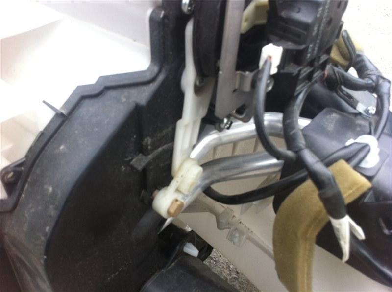 Радиатор отопителя Infiniti Qx56 62