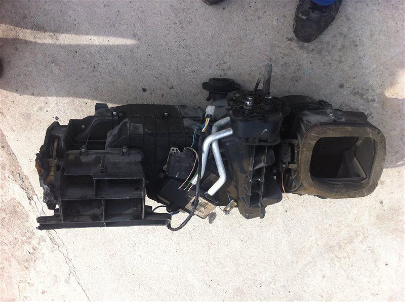 Радиатор отопителя Nissan Pathfinder 51