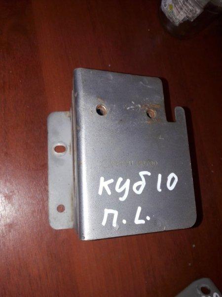 Крепление кронштейн усилителя бампера Nissan Cube AZ10 CG10 2000 переднее левое