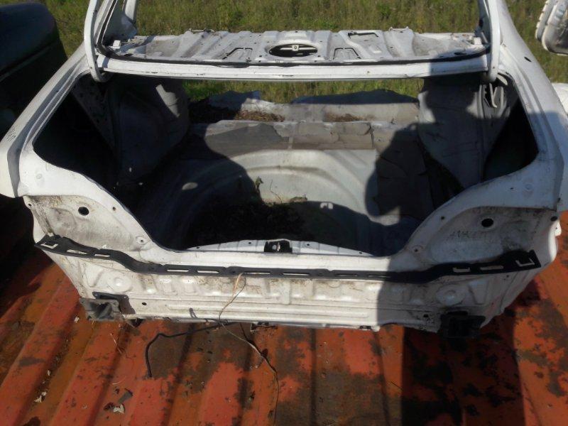 Полка багажника (задняя панель) Toyota Avalon 10 1998