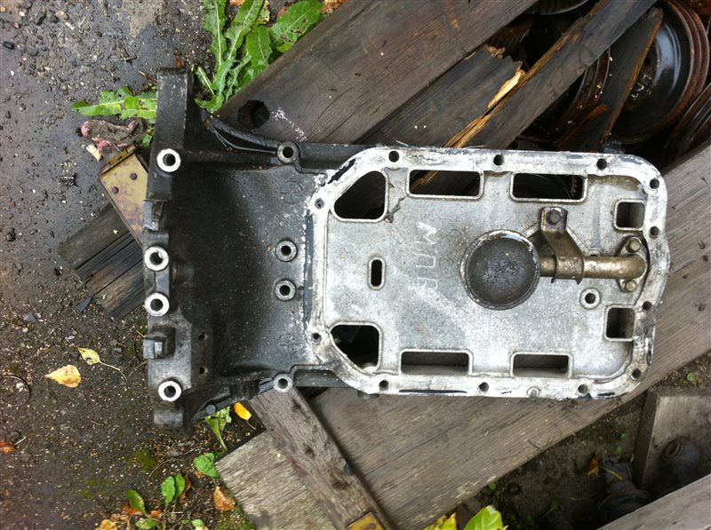 Поддон двигателя Mazda Mpv FS