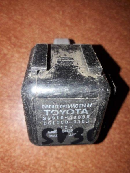 Блок управления топливным насосом Toyota Camry SV35, SV30, SV32, SV33 3SFE, 4SFE 1992