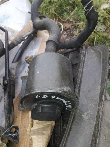 Бачок гидроусилителя руля Nissan Patrol WFGY61 VRGY61 WRGY61 WTY61 WYY61 WGY61 RD28T 2000