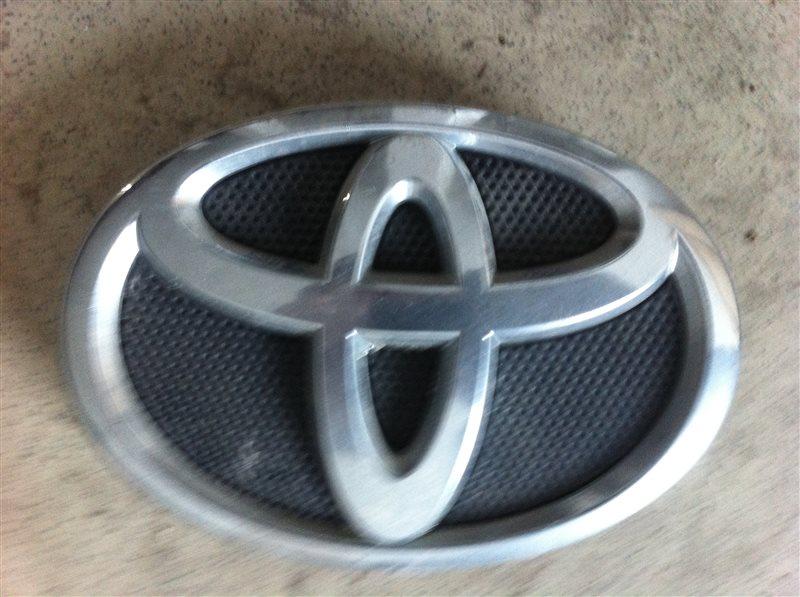 Значок Toyota Corolla 150 2009 передний