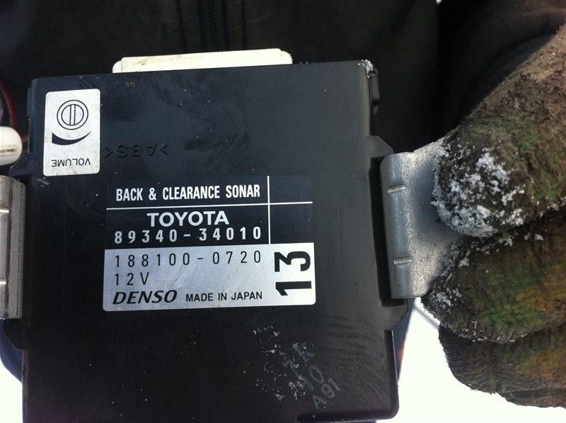 Блок управления парктрониками Toyota Sequoia 60 3UR 2010